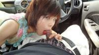 ショートカットのエロい人妻01_駐車場で車中フェラ~口内発射!!