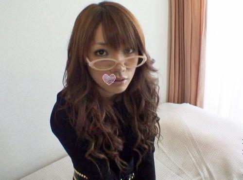 【無・個撮】メガネがめっちゃ似合う!?アゲハGALのハメ撮り 蛯原みなみ